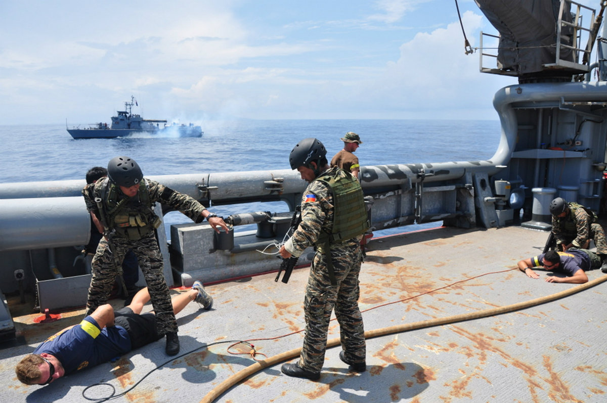 US-Philippines-navy-exercise